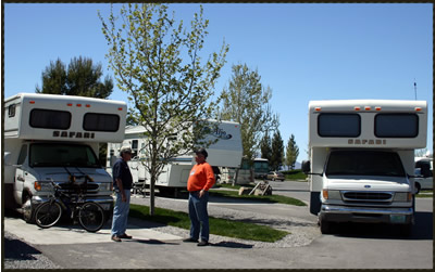 Original Safari  Of Class A And Class C Motorhomes The Class A Motorhomes For Sale In The Safari Line Range Up To 45 Feet The Safari Brand Was Discontinued In 2009 When The Monaco Coach Corporation Was Sold To Navistar Find New And